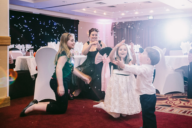 Wiltshire_Wedding_Photographer-110