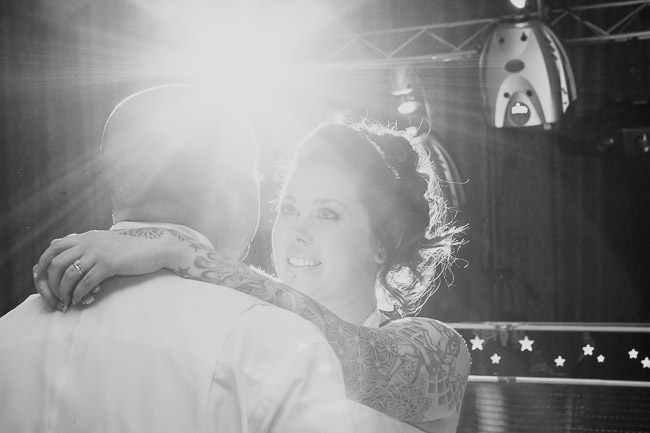 Wiltshire_Wedding_Photographer-111